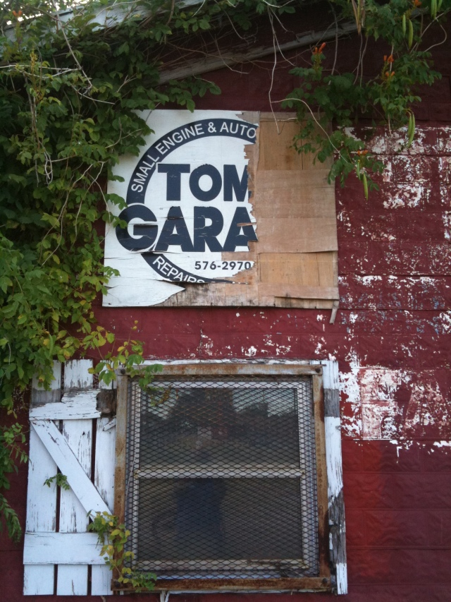 Tom's Garage, JMN, 2011. Photo. Copyright 2018 James Mansfield Nichols. All rights reserved.