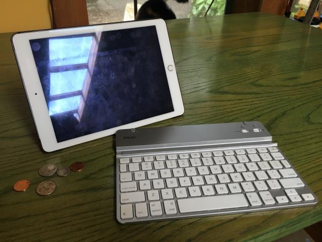 iPad and keyboard, JMN. photo